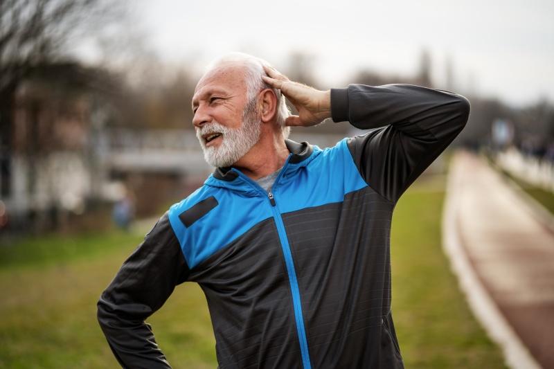 exercicis de manteniment físic per a persones grans