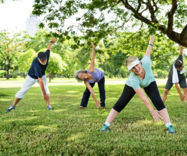 ejercicios de mantenimiento físico para personas mayores